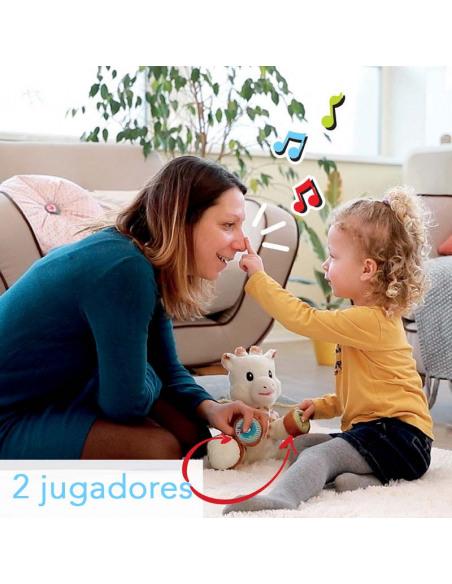 Touch and Play Music Plush. Peluche de la jirafa Sophie de color blanco y marrón, con bebé y madre jugando