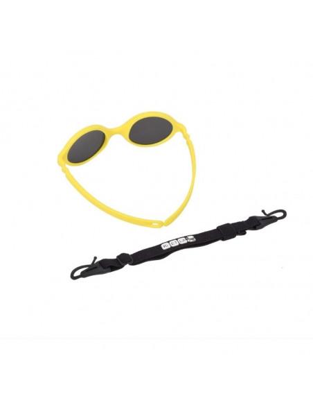 Gafas de sol para bebés de color amarillo con correa por detrás