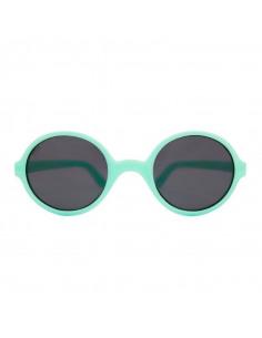 Gafas de sol redondas de color aqua de frente.
