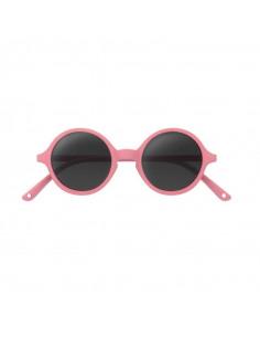 Gafas de sol para niños de color rosa de frente.