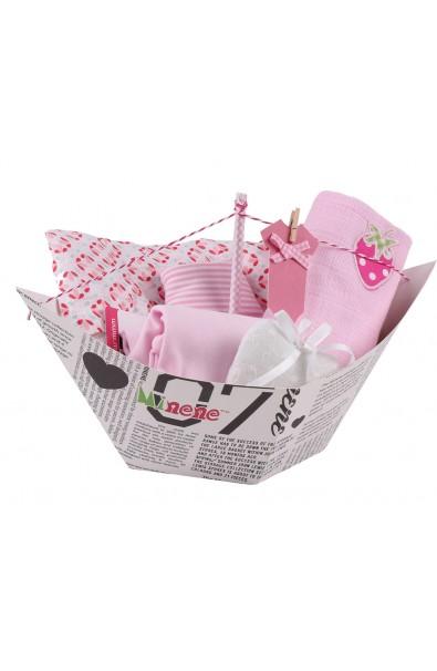 Caja de regalo Barquito (incl. body con aplique, muselina XXL, bandana, gasa con aplique y corazoncito de tela) rosa